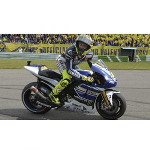 V.ROSSI YAMAHA YZR-M1 1ST ASSEN 2013 SET DIRTY LOOK W/FIGURINE